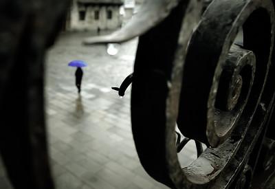 """""""Morning rain, Obradoiro, Santiago de Compostela, 2009"""".   30x45 (75€), 40x60 (100€)"""