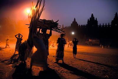 """""""Shadow games, I, Djenne, Mali, 2009"""", 40x60 cm (120€), 50x75 cm (150€)."""