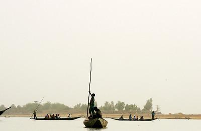 """Mali, Silhouettes, Niger river, II, 2009"". 30χ46 (90€), 40x62 (120€) & 50X77.5 (180€)"