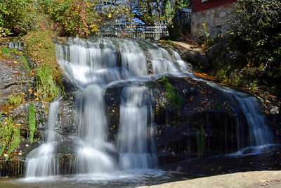 Name: Living Waters Waterfall Medium: Photography Contact: Bill Hosford E-Mail: gwh1225@aol.com  To see more of Bills work go to http://www.hosfordimages.com