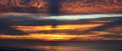 Name: Sunrise Medium: Photography Contact: Bill Hosford E-Mail: gwh1225@aol.com  To see more of Bills work go to http://www.hosfordimages.com