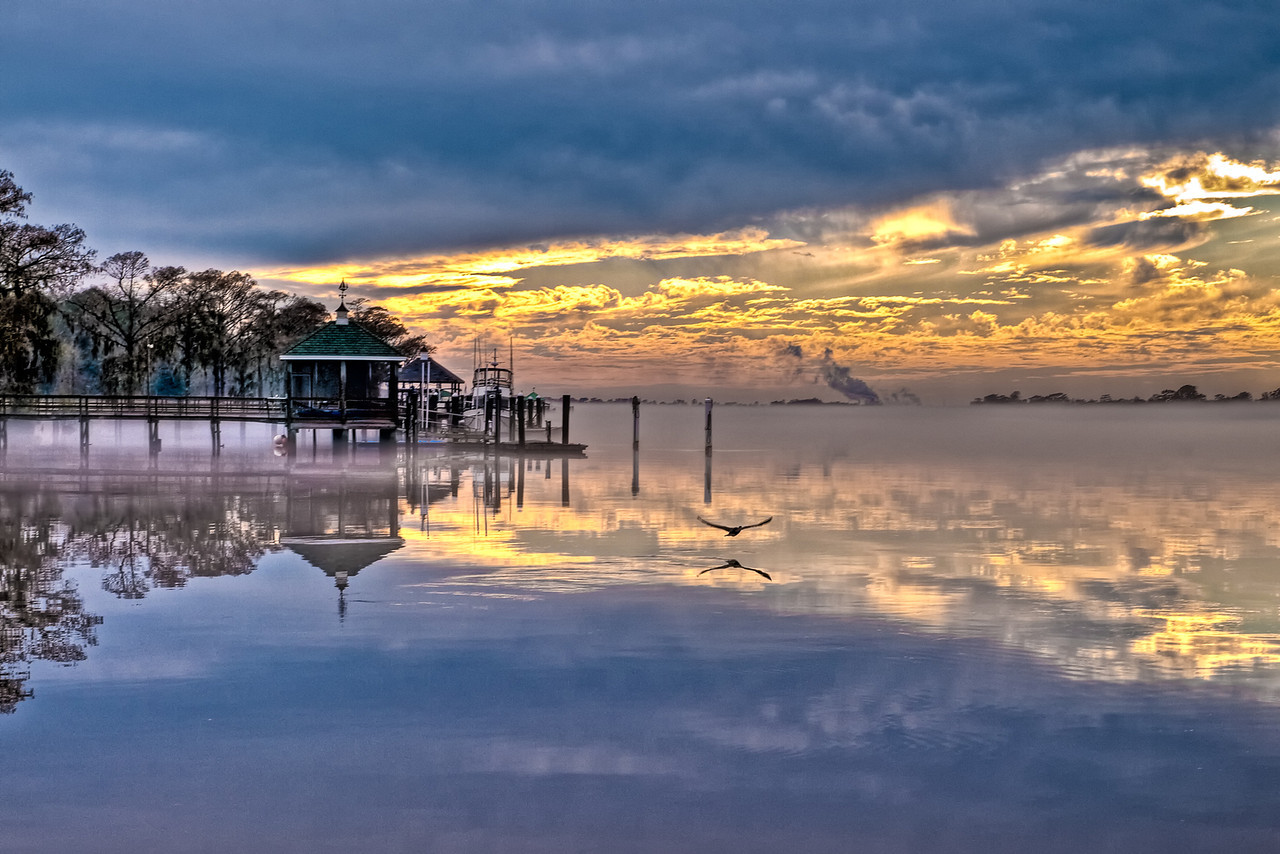 "Name: Heritage Quiet Sunset<br /> Medium: Photography<br /> Size: <br /> Price: $<br /> Contact: Mike Covington<br /> E-Mail: mike@lowcountryphotos.com <br /> For a print of this work, go to  <a href=""http://www.lowcountryart.org"">http://www.lowcountryart.org</a>"