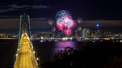 New Years San Francisco 2013 I know you have probably seen plenty of these, but here is my favorite from last night. Enjoy your 2013, I know I will!   More and Prints: http://smu.gs/12WHBpe