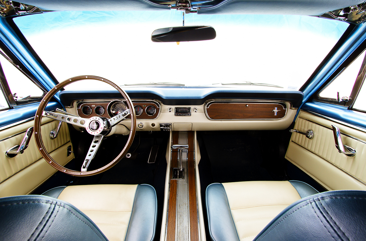 Ford Mustang  Pony, 1966 .N°2/10