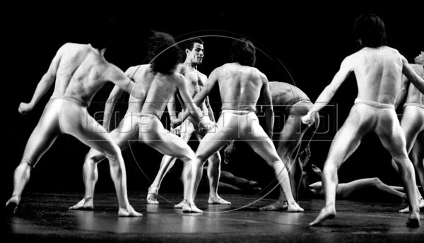 Ballet Nacional de Mexico, Mexico DF, april 5,1986. Miguel Anorve. (Austral Foto/Renzo Gostoli)