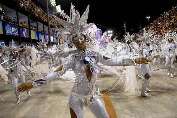 A dancer of Mocidade Independente de Padre Miguel samba school performs at Sambadrome, Rio de Janeiro, Brazil , February 19, 2012. (Austral Foto/Renzo Gostoli)