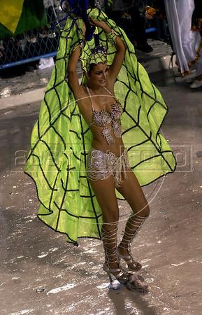 A dancer from theMocidade Independente de Padre Miguel samba school performs at the Sambadrome during the samba school parade, Rio de Janeiro, Brazil, March 7, 2011. (Austral Foto/Renzo Gostoli)