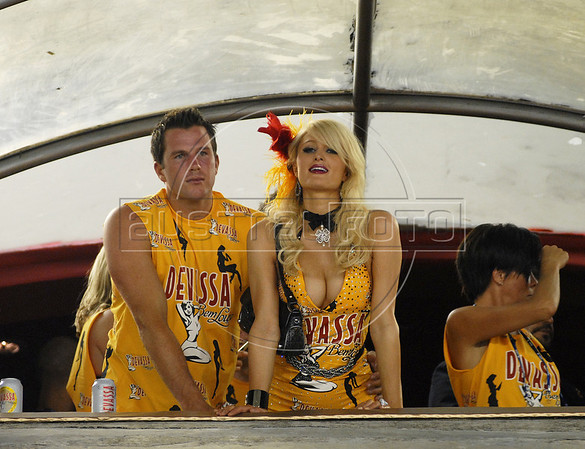 American actress and socialite Paris Hilton watch the Carnival parade of samba schools at the Sambadrome, Rio de Janeiro, Brazil, February 14, 2010. (Austral Foto/Renzo Gostoli)