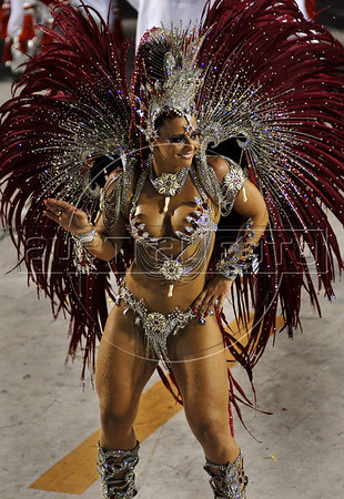 Viviane Araujo, drum Queen of Salgueiro samba school, performs at the Sambadrome during the samba school parade in Rio de Janeiro, Brazil, February 23, 2009.  (Austral Foto/Renzo Gostoli)
