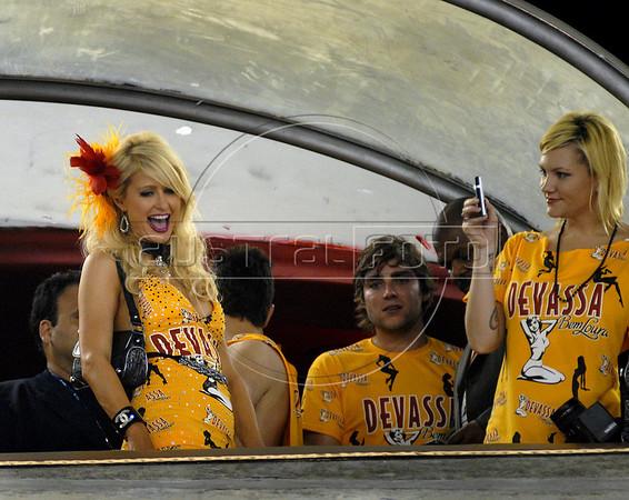 American actress and socialite Paris Hilton watch the Carnival parade of samba schools at the Sambadrome, Rio de Janeiro, Brazil, February 14, 2010. (Austral Foto/Renzo Gostoli)