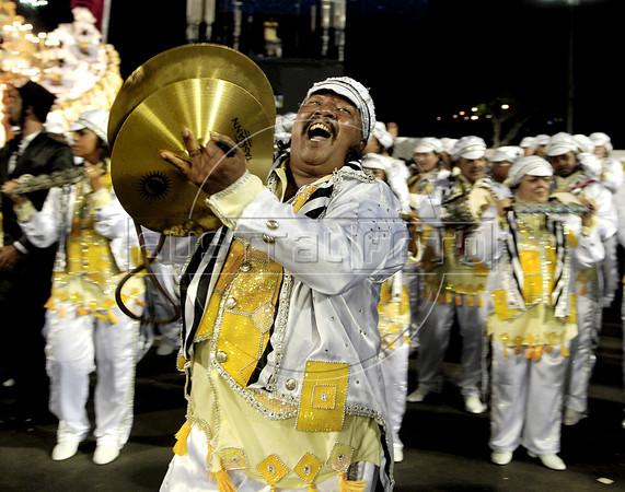 A drummer of Sao Clemente samba school performs at Sambadrome, Rio de Janeiro, Brazil , February 20, 2012. (Austral Foto/Renzo Gostoli)