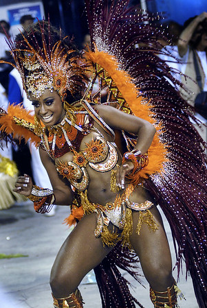 A dancer of Portela samba school performs at Sambadrome, Rio de Janeiro, Brazil , February 19, 2012. (Austral Foto/Renzo Gostoli)