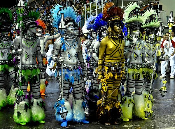 Dancers from the Renascer samba school performs at the Sambadrome during the samba school parade, Rio de Janeiro, Brazil, March 5, 2011. (Austral Foto/Renzo Gostoli)