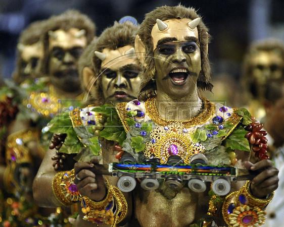 Drummers of the Academicos do Salgueiro samba school performs at the Sambadrome during the samba school parade, Rio de Janeiro, Brazil, March 7, 2011. (Austral Foto/Renzo Gostoli)