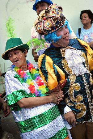 "Patients from mental health hospital Nise da Silveira participate at carnival festivities of ""Loucura Suburbana"" carnival group, Rio de Janeiro, Brazil, February 16, 2012. (Austral Foto/Renzo Gostoli)"