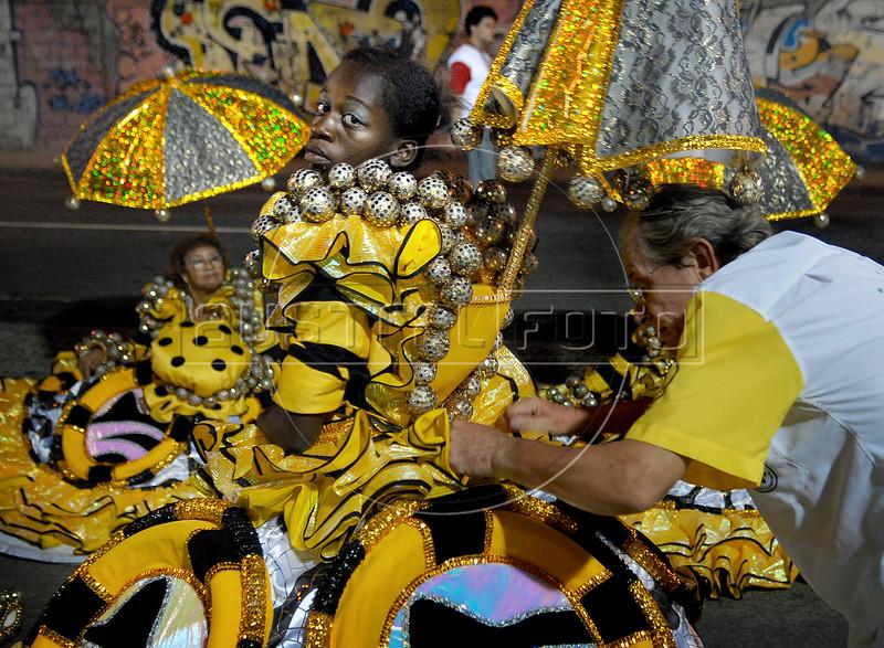 Members of Sao Clemente samba school prepare to parade at Sambadrome on the first night of the Carnival samba school parade, Rio de Janeiro, Brazil , February 13, 2010.  (Austral Foto/Renzo Gostoli)