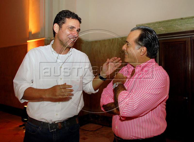 Bruno Wainer e Tony Ramos na abertura da Mostra do Prêmio ACIE de Cinema 2009, Rio de Janeiro, Brazil, Maio 4, 2008. (Austral Foto/Renzo Gostoli)