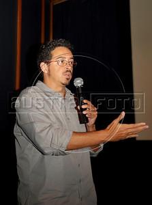 """xxx Produtorxxx do filme """"As melhores coisas do mundo""""  na abertura da Mostra do Prêmio ACIE de Cinema 2010, Rio de Janeiro, Brazil, Marco 15, 2010. (Austral Foto/Renzo Gostoli)"""