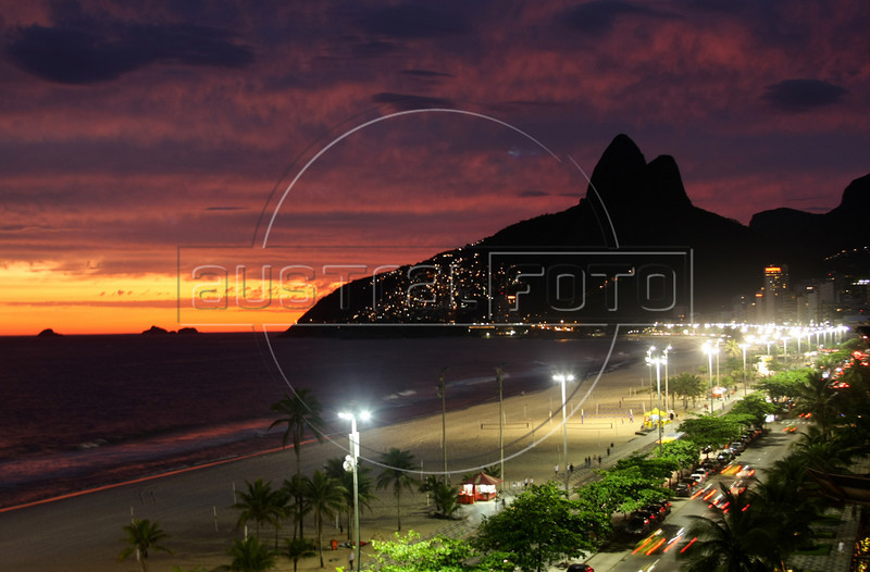 Dancing with the Devil production stills. Ipanema and Leblon beaches, with the Two Brothers Mountain. (Australfoto/Douglas Engle)