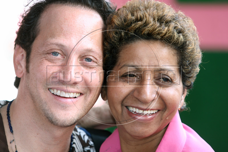 Rob Schneider appears during an event of the Rio Film Festival in Rio de Janeiro, Brazil, Oct. 1, 2005. More than 436 films from over 60 countries are part of the festival. Glover is helping promote his latest film Manderlay, by director Lars Von Trier.(AustralFoto/Douglas Engle)