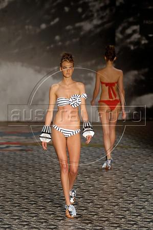 A model shows a design of Mara Mac's 2010-2011 spring/summer collection during the Fashion Rio Show, Rio de Janeiro, Brazil, May 27, 2010.  (Austral Foto/Renzo Gostoli)