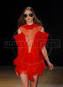 A model shows a design of Melk Z Da's 2010-2011 spring/summer collection during the Fashion Rio Show, Rio de Janeiro, Brazil, May 30, 2010.  (Austral Foto/Renzo Gostoli)