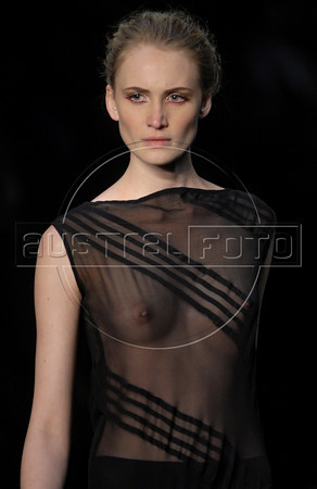 A model shows designs of Filhas de Gaia's 2011 autumn/winter collection during the Fashion Rio Show, Rio de Janeiro, Brazil, January 11, 2011.  (Austral Foto/Renzo Gostoli)
