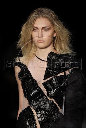 A model shows designs of Melk Z Da's 2011 autumn/winter collection during the Fashion Rio Show, Rio de Janeiro, Brazil, January 11, 2011.  (Austral Foto/Renzo Gostoli)