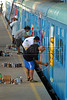 Brazilian popular artists paint a train at Engenho de Dentro station, Rio de Janeiro, Brazil, Nov. 3, 2007.<br /> More than 20 street artists participated in the event, sponsored the Supervia commuter railroad and by non-governmental organizations that work with social assistance for youths from slums and poor communities.  (AUSTRAL FOTO/RENZO GOSTOLI)