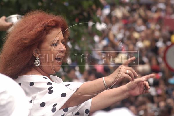 Brazilian Samba singer Beth Carvalho performs for the crowd during one of many street parades around carnival time in Rio de Janeiro, Brazil, Feb. 21, 2004(Australfoto/Douglas Engle)