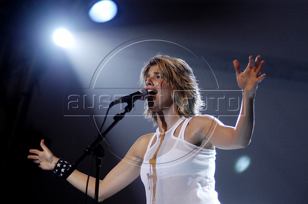 """Brazilian musician Danni Carlos performs in Rio de Janeiro, Jan. 20, 2005. Carlos' 2003 debut album """"Rock n' Road,"""" a collection of covers of English language pop-rock, sold more that 80 thousand copies. Her second Album sold more than 50 thousand copies and she now has a hit with a Portuguese version of the Pretenders """"Don't Get Me Wrong.""""  (Douglas Engle/Australfoto)"""