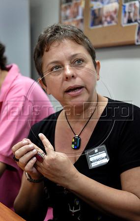 Musician Deborah Cheyne Prates during press conference of OSB, Brazilian Symphonic Orchestra, Rio de Janeiro, Brazil, April 19, 2011. (Austral Foto/Renzo Gostoli)