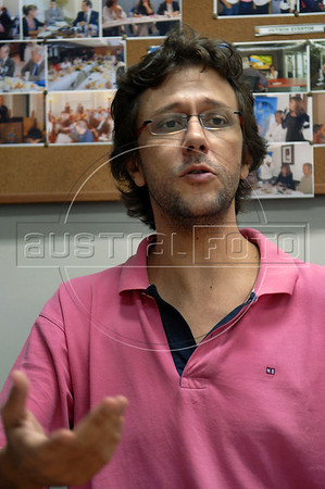 Musician Ubirata Rodrigues during press conference of OSB, Brazilian Symphonic Orchestra, Rio de Janeiro, Brazil, April 19, 2011. (Austral Foto/Renzo Gostoli)