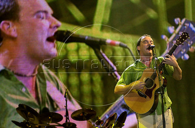 Musician Dave Mathews performs at Rock in Rio 3 festival, Rio de Janeiro, Brazil, Jan. 20, 2001. (Austral Foto/Renzo Gostoli)