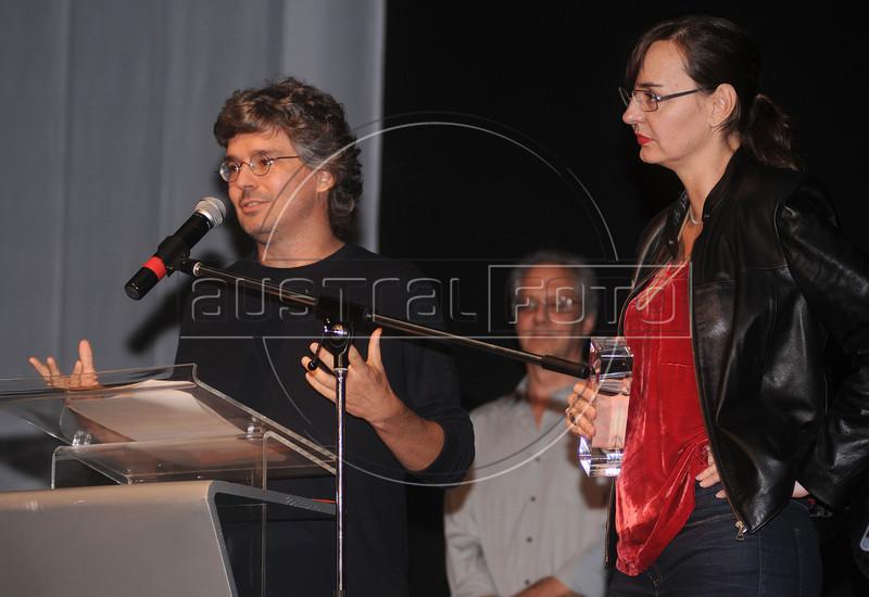"""PREMIO DE CINEMA ACIE 2012 - Ganhadores do premio """"Melhor documentario"""" com lixo extraordinario', Rio de Janeiro, Brasil, Maio 7, 2012. (Austral Foto/Renzo Gostoli)"""