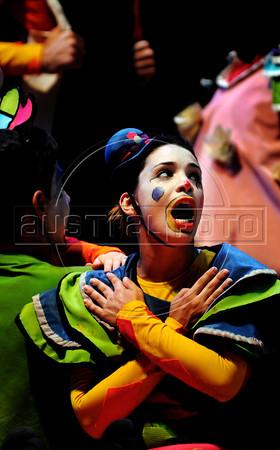 Unicirco, show, palhacos, Rio de Janeiro, Brazil, Abril 7, 2012. (Austral Foto/Renzo Gostoli)