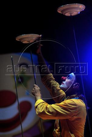 Unicirco, show, palhaco Farelo, Rio de Janeiro, Brazil, Abril 14, 2012. (Austral Foto/Renzo Gostoli)