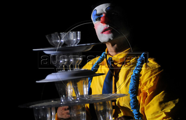 Unicirco, show, palhaco Farelo, Rio de Janeiro, Brazil, Abril 7, 2012. (Austral Foto/Renzo Gostoli)