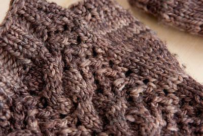 Chocolate Milk Merletto Mitts. Lace and cable detail