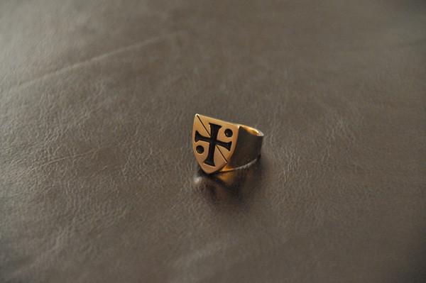 Acanthusleaf Signet Ring