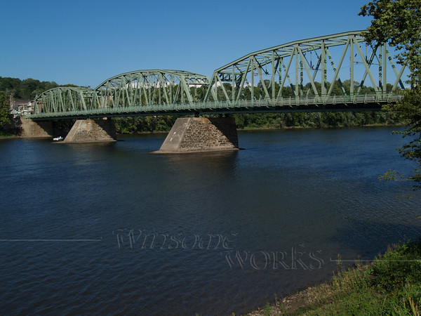 Looking towards NJ; the Milford - Upper Black Eddy Bridge