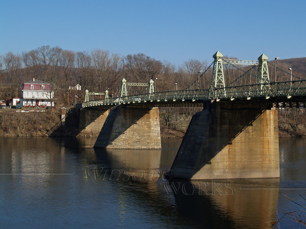 Riegelsville bridge across Delaware, wintertime