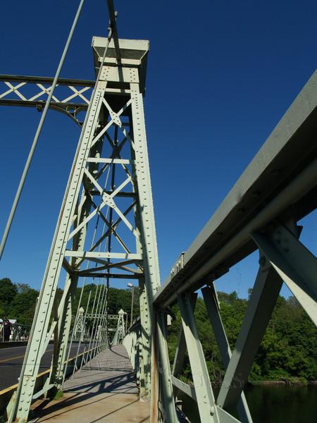 Riegelsville bridge across Delaware, designed by Roebling (seen from Riegelsville, PA, looking towards Riegelsville, NJ)