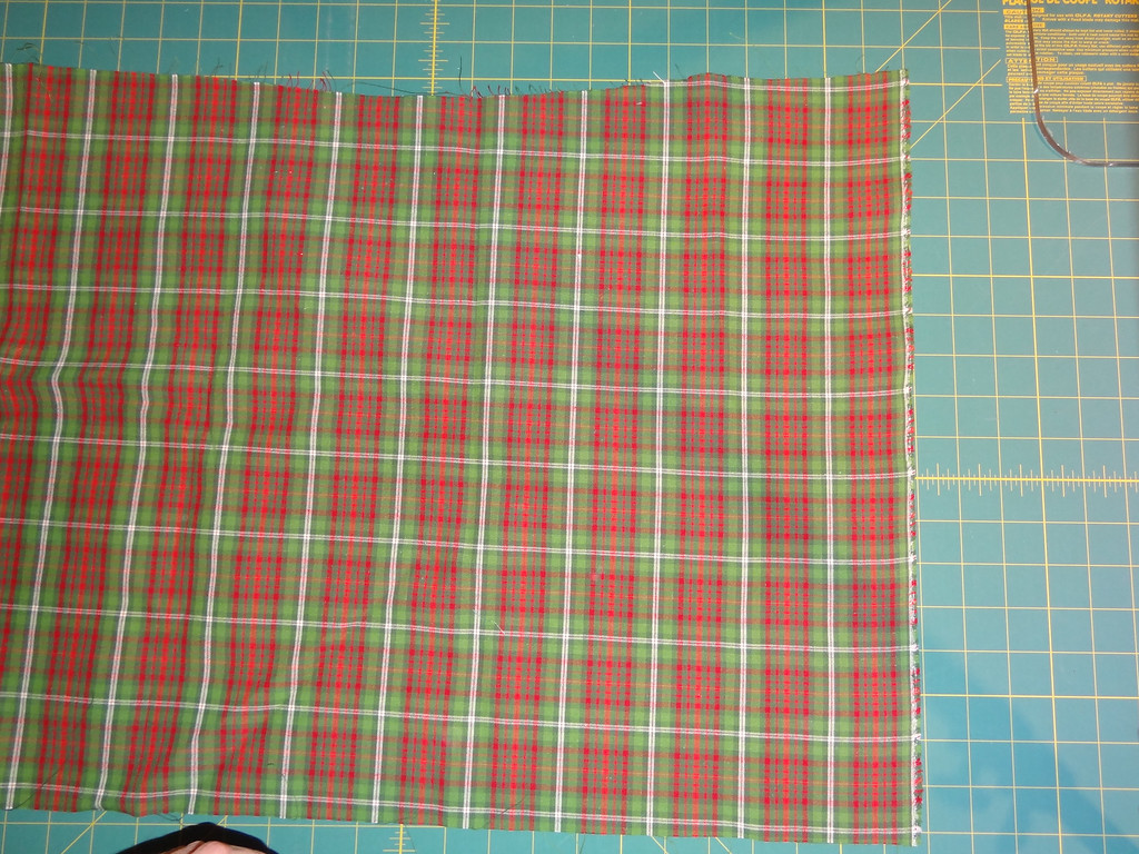 Selvage is on the right side of this picture.  Cut edges are top and bottom.  This fabric is a 1/2 yard cut.  Shorter lengths of fabric will yield strips often too short to be easily workable.  Longer lengths of fabric will yield a bigger quantity of long segments of bias strips.