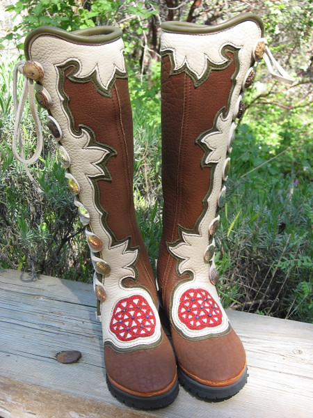 I love this button trim!  Many of you know what a beadwork fanatic I am, and this beadwork is amazing!  The flower of life beadwork by Lois is so beautiful!  I also like the way the 'extreme flower' button trim design fit onto this pair of knee high boots.  I like the way it repeats, and the tobacco boots, witht he creme button trim and the olive underlay, make a very earthy tone.  The goddess who designed these boots has the buttons representing all kinds of wonderful intentions - with bone, and metal buttons all mixed together.