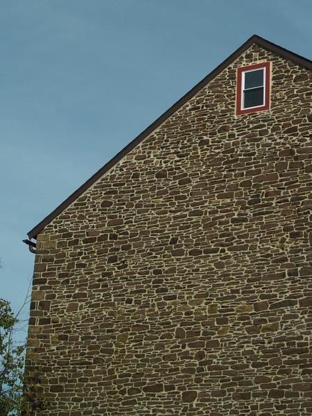 Old fieldstone barn near Slifer Valley Rd., Springtown PA