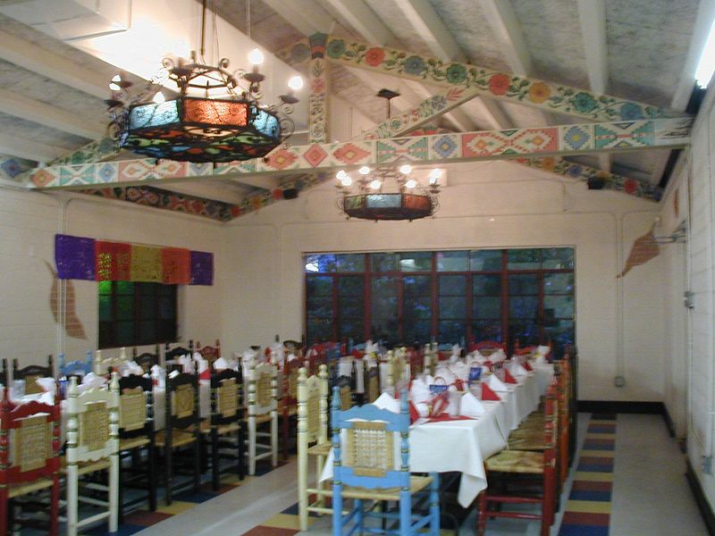 2002- LADAP's Texas Chapter (formerly known as the Mexican Folk Art Society of Houston), celebrated Day of the Dead at Felix Restaurant in their private dining room