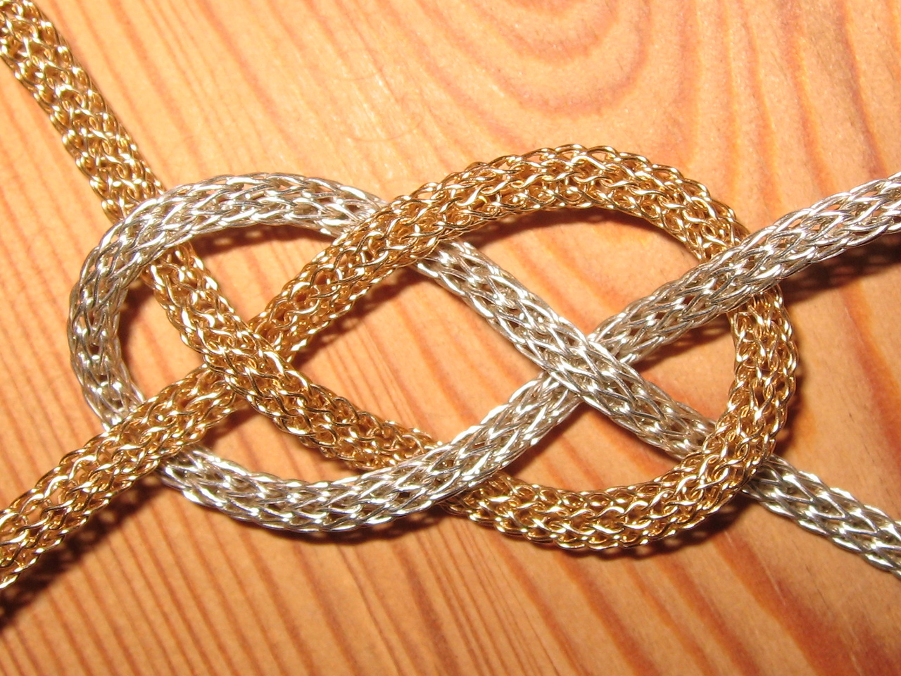 Knitted chain, 750 gold 925s silver