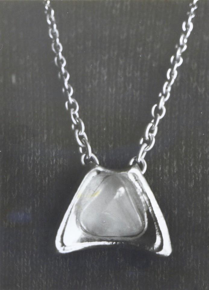 Anheng, sisselert 925 sølv med tromlet rosenkvarts