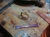 Her er ringskinnen som jeg smidde ut i kobber for å prøve meg fram.